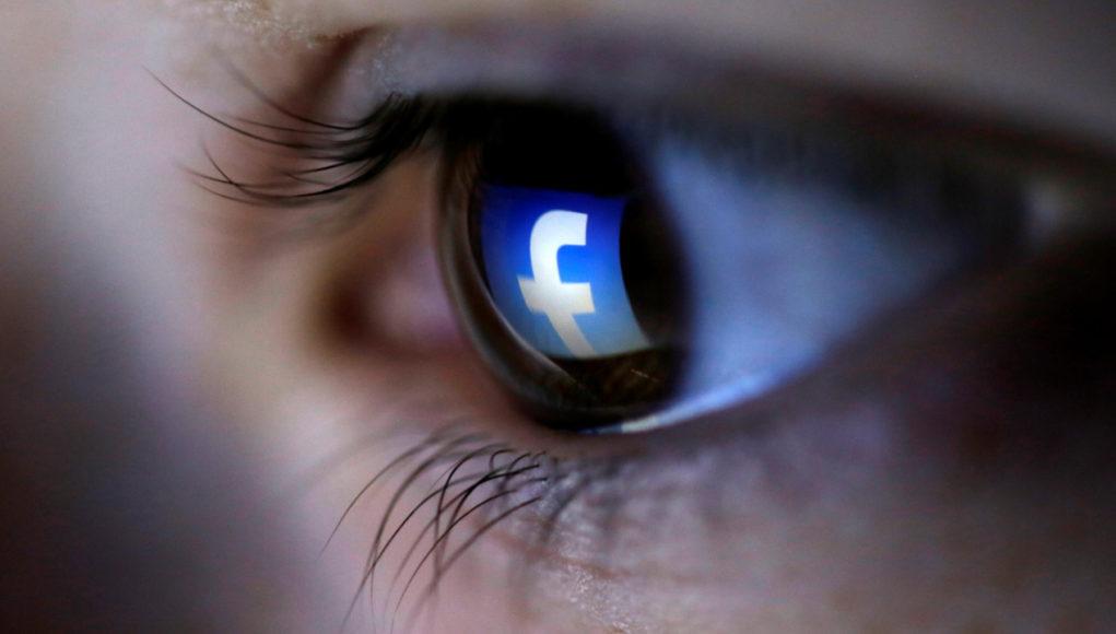 Resurge la polémica de que Facebook nos escucha a través de nuestro móvil