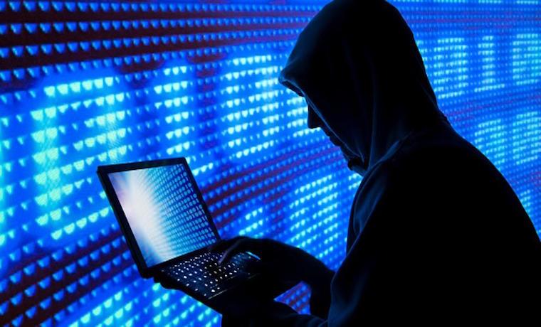 ¿Las redes sociales fueron creadas por las agencias de inteligencia?